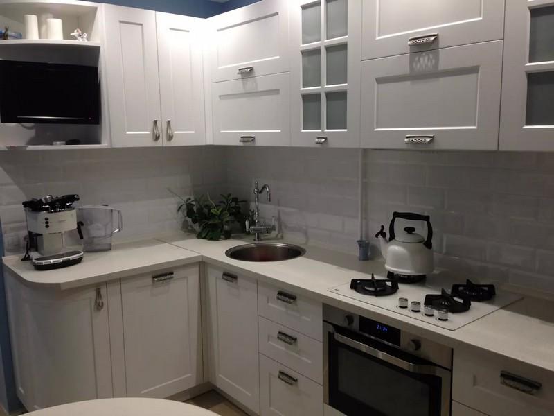 färgerna svart och vitt kök bilder
