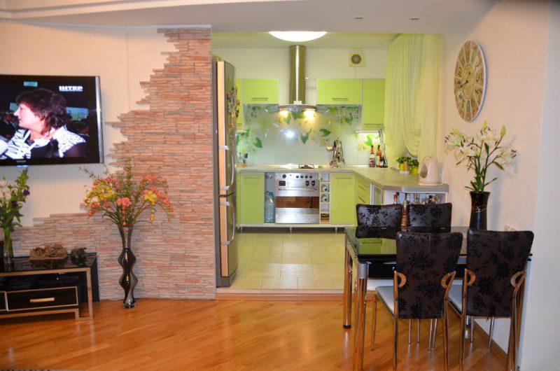 Cómo compartir la cocina y sala de estar sala de foto