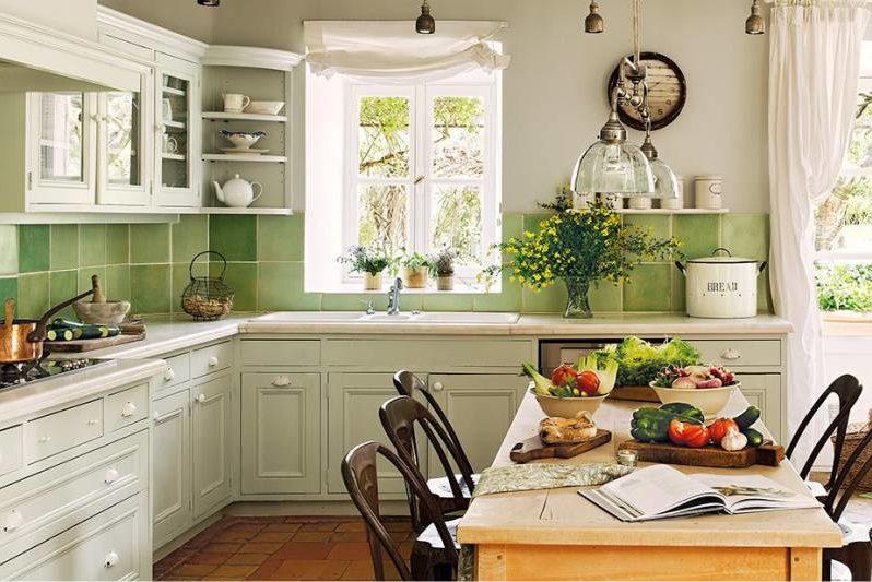 Зеленая кухня в стиле прованс фото