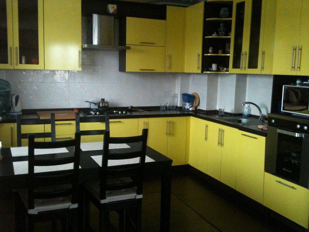 yellow153