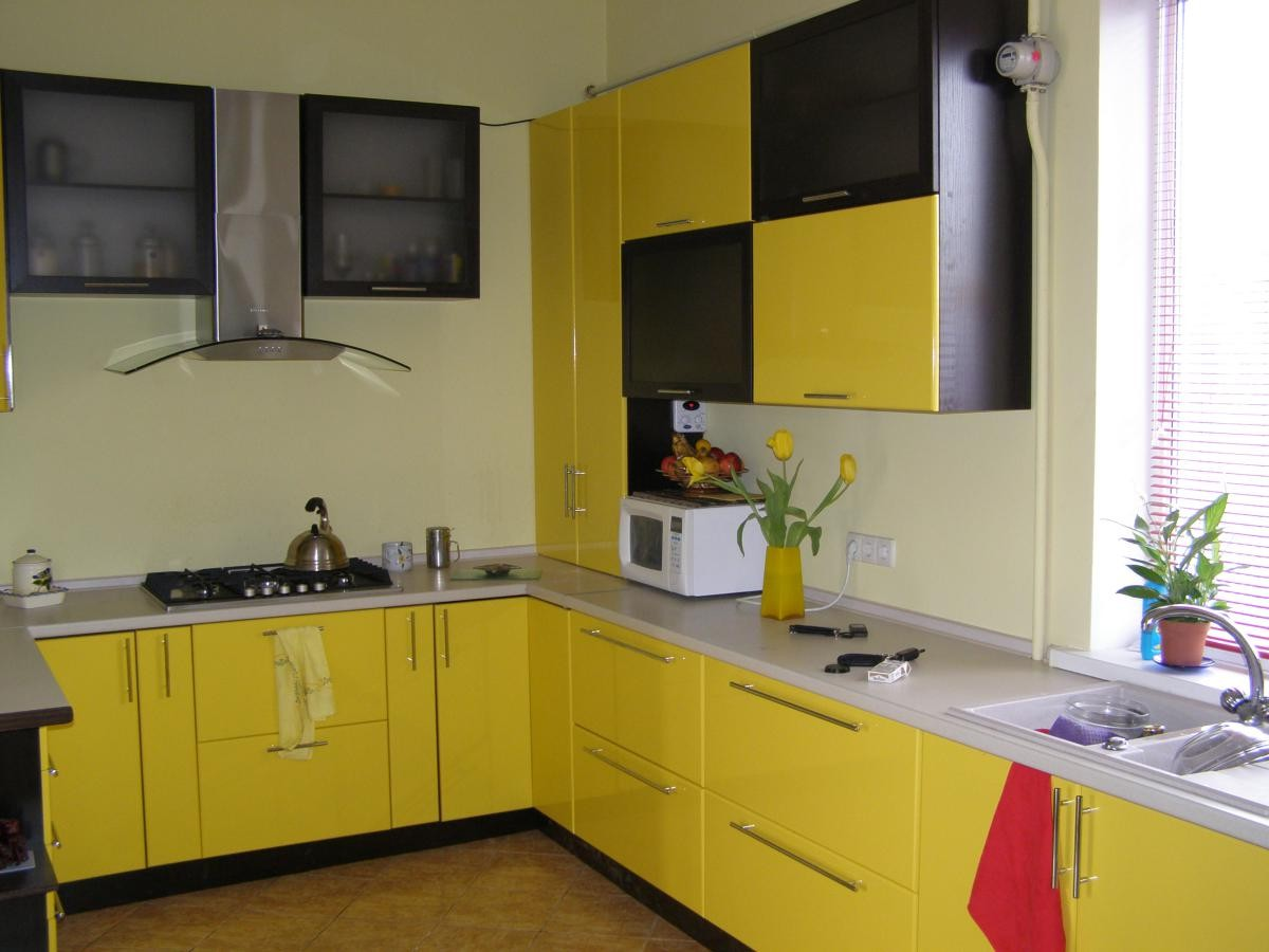yellow160