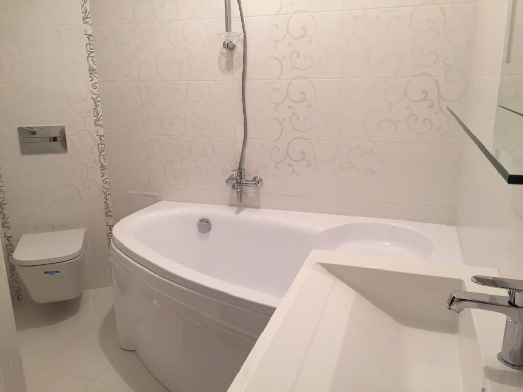 Акриловая ванна: плюсы и минусы, разновидности, реальные фото примеры