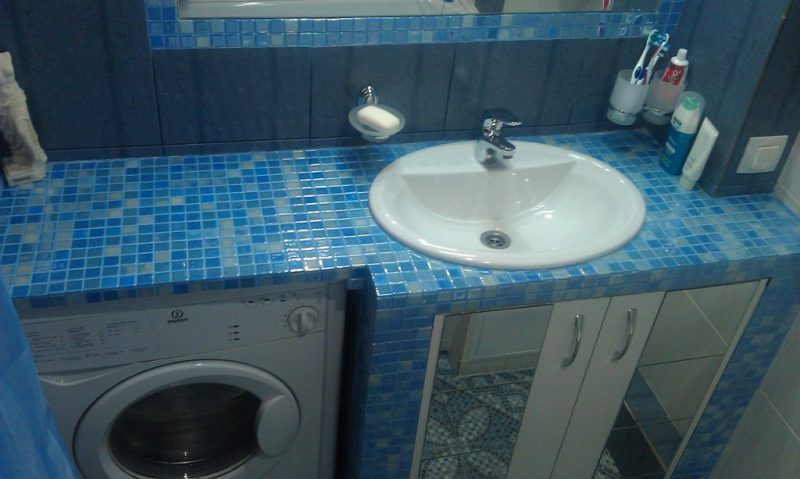 Дизайн синей ванной комнаты: 100+ реальных фото примеров и основные моменты оформления