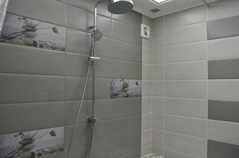 Дизайн серой ванной комнаты: плюсы и минусы, сочетания серого с другими цветами, реальные фото примеры