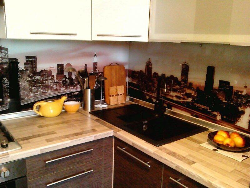 Как обустроить маленькую кухню: 12 главных правил и 150+ реальных фото примеров